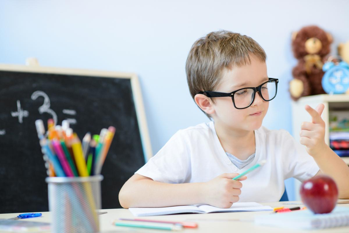 """期中考试后,家长怎么回应孩子说的""""我只是粗心,其实我都会""""?"""